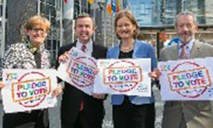 Fine Gael MEPs support Yes vote in Marriage Referendum